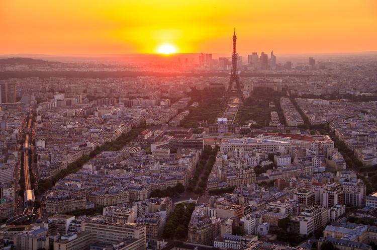 Париж побив 10-річний рекорд за кількістю туристів у першій половині цього року
