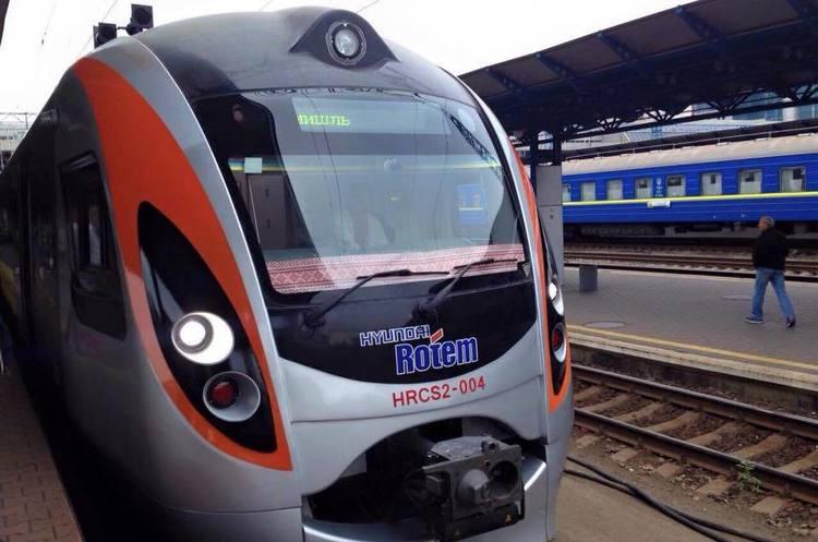 Укрзалізниця: на перший рейс нового потягу Київ-Перемишль розкупили всі квитки