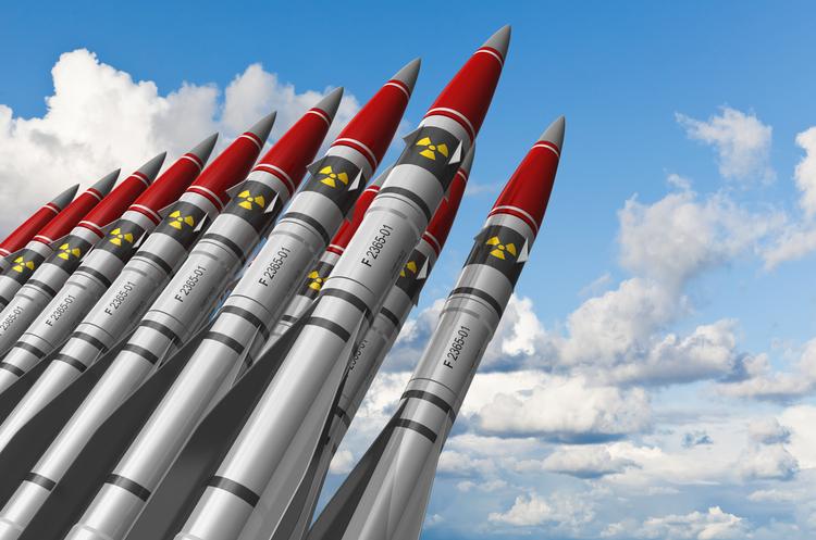 ЗМІ: КНДР запустила одразу три балістичні ракети в Японське море