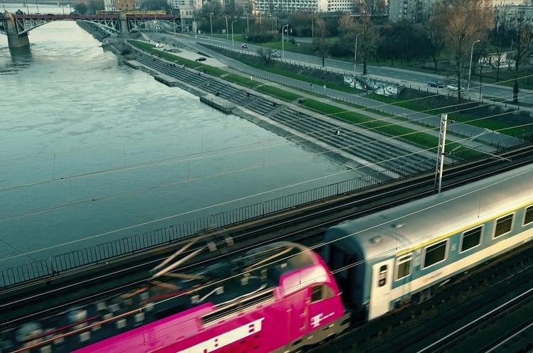 Укрзалізниця: вартість білета Київ-Варшава знизиться більше ніж на 1000 грн
