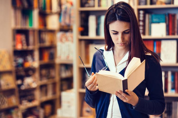 Продажі російських книжок в Україні впали з 9,8 млн до 4,3 млн
