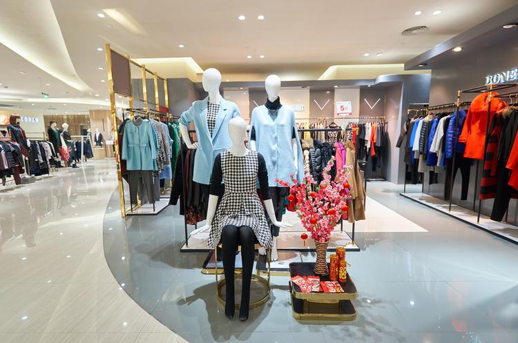 Італійський бренд одягу відкрив найбільший магазин в Києві
