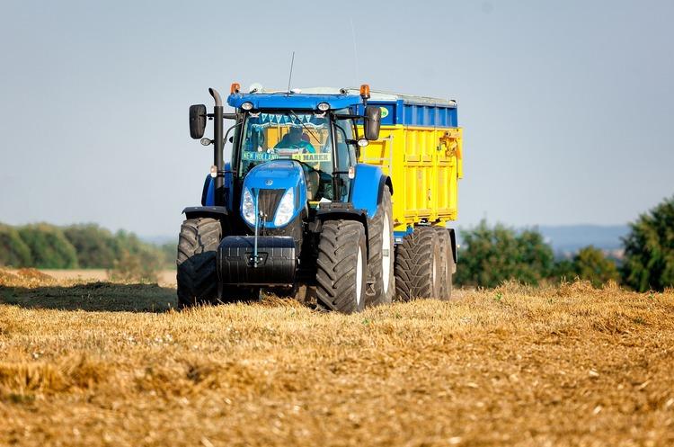 Агропідприємства Дніпропетровщини придбали техніки на 125 млн грн
