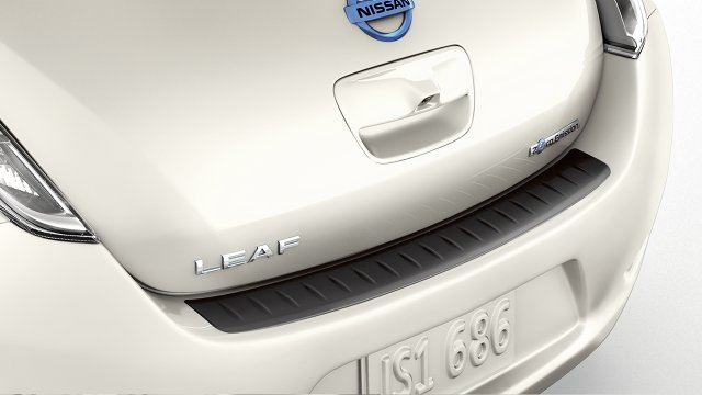 Новий Nissan Leaf кидає виклик Tesla Model 3