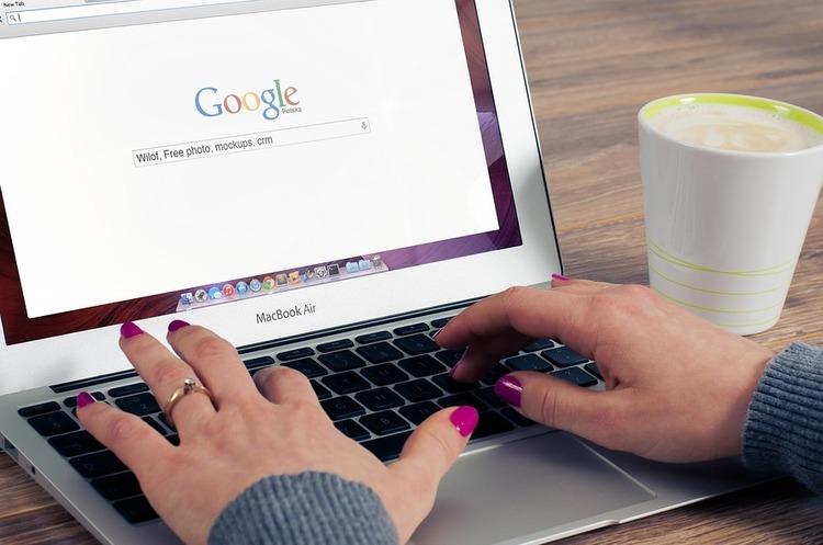 В Україні запрацював сервіс з пошуку авіаквитків Google Flights