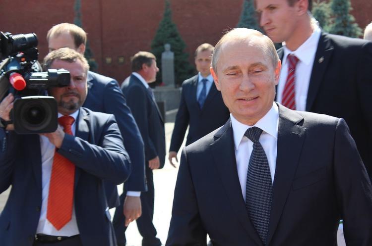 Путін заявив, що держсекретар Тіллерсон зв'язався з поганою компанією