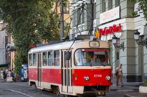 Поставити на рейки: навіщо Києву розвивати трамваї та електрички