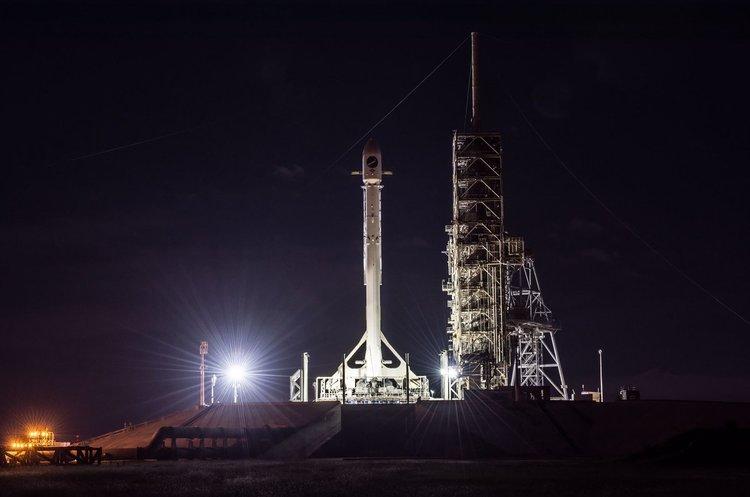 SpaceX запустила ракету з надсекретним військовим орбітальним літаком Boeing X-37B на борту
