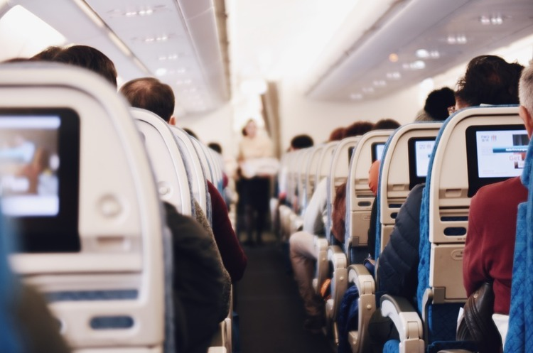 В Індії «некерованих» пасажирів літаків каратимуть забороною на подальші перельоти