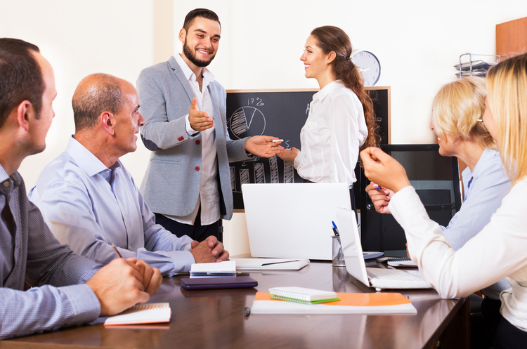Битва поколінь: як компанії догодити співробітникам будь-якого віку