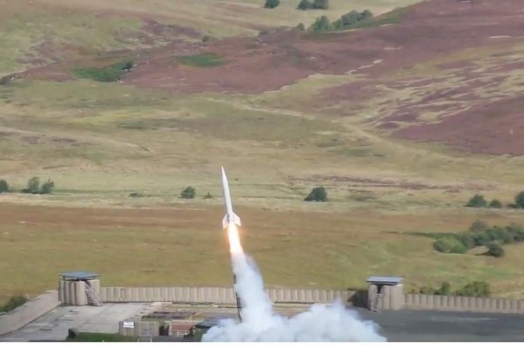 Британська компанія з космічного туризму запустила найбільшу ракету Skybolt 2 (ВІДЕО)