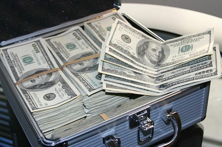 Україна повернулася на ринок капіталу: Мінфін залучив $3 млрд