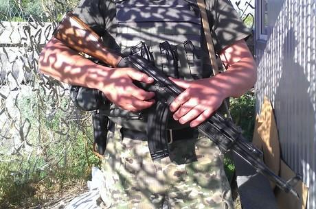 Кому вигідний новий скандал щодо постачання зброї з України