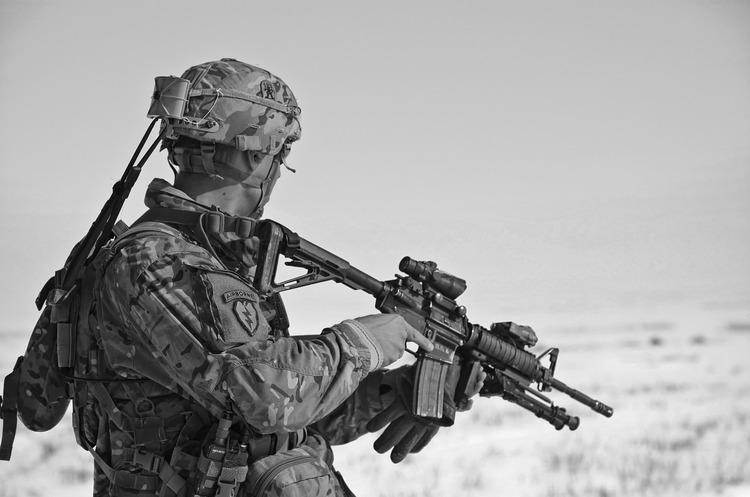 НАТО відправить в Афганістан ще кілька тисяч військових для боротьби з тероризмом