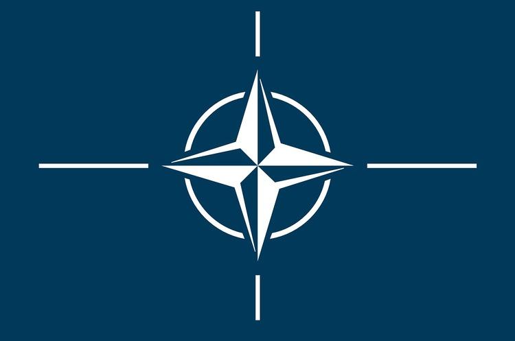 ООН виступає за заборону ядерної зброї, НАТО – проти