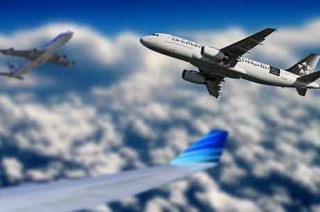 Справи земні й небесні: європейська авіавлада може призупинити польоти в чотири аеропорти Східної України