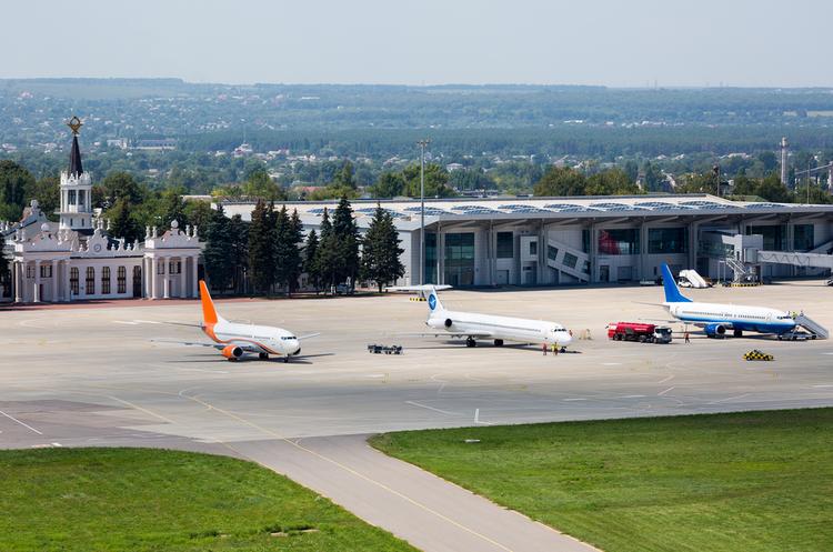 ЄС хоче обмежити авіаперельоти до Харкова, Запоріжжя та Дніпра