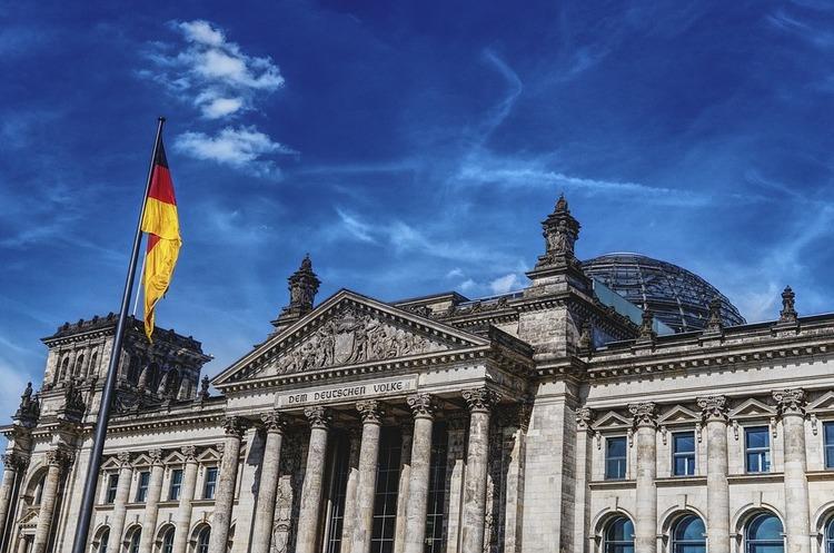 Новий «XXL-Бундестаг» коштуватиме Німеччині на 50 млн євро на рік дорожче