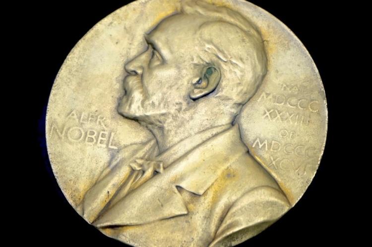 Нобелівську премію з фізіології і медицини присудили за«біологічний годинник»