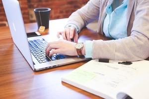 Освітній жовтень: 5 безкоштовних онлайн-курсів з бізнесу, які можна пройти наступного місяця