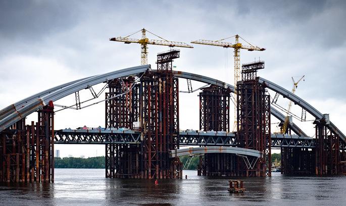 Конструкції для Подільського мосту купують у російської компанії