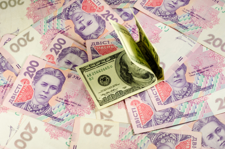 Середня відсоткова ставка по депозитах в Україні знизилася для всіх валют