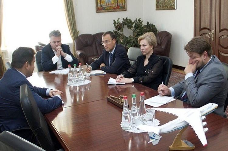 Київські угорці про сепаратизм наЗакарпатті: «Ценезагроза, цемаргінальний випендрьож»