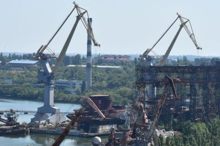 Миколаївський суднобудівний завод зупинив роботу