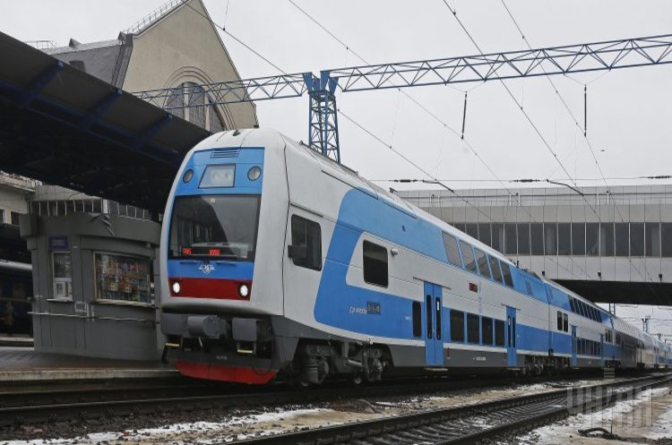 Маршрутом Київ – Тернопіль курсуватиме двоповерховий поїзд