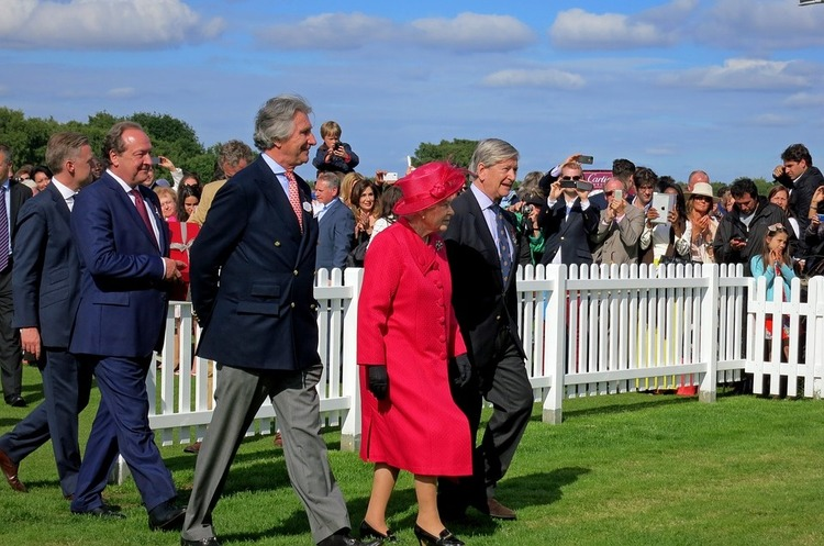 Королева Британії ЄлизаветаII виявилася замішаною уновому офшорному скандалі «Paradise Papers»