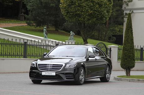 Путь в будущее: рестайлинговый Mercedes-Benz S-класса как вектор движения автомобилестроения