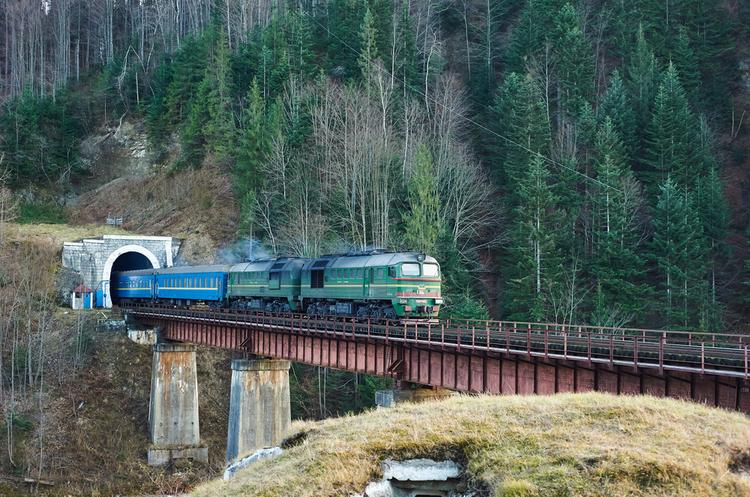 Україна збирається отримати від інших країн використані дизель-потяги