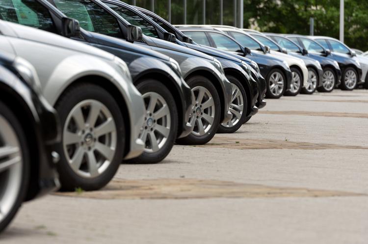 З початку року імпорт вживаних автомобілів зріс ушестеро