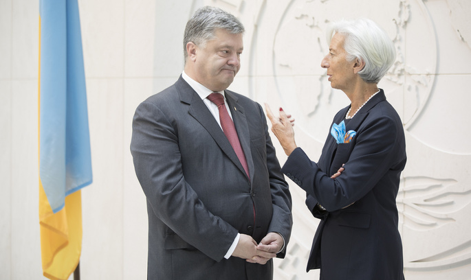 Україна повинна буде переглянути програму співпраці з МВФ у 2019 році