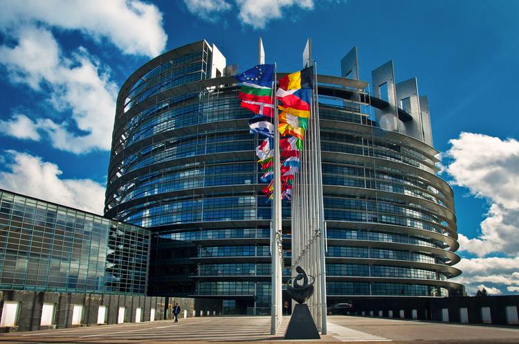 23 країни ЄС підписали пакт про створення нового формату військової співпраці