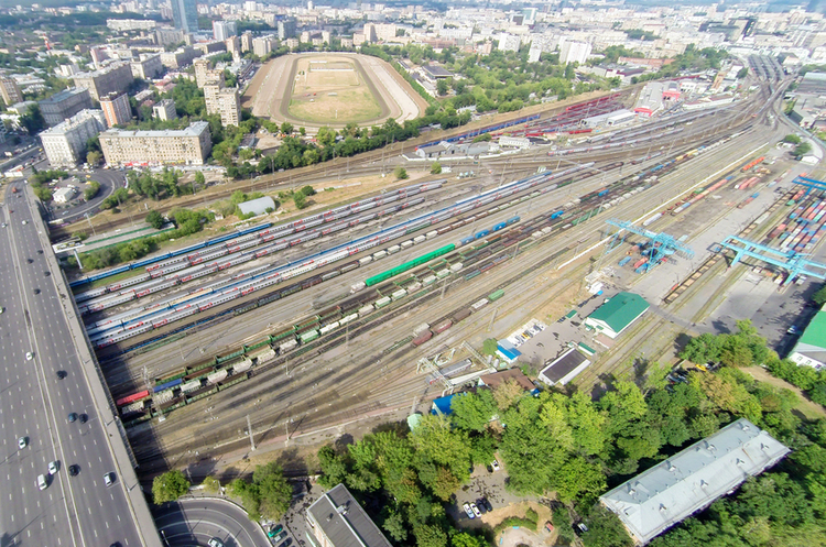 Російська залізниця запустила перші потяги в обхід України