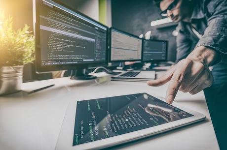Від першої платформи: на якому програмному забезпеченні краще стартувати бізнесу
