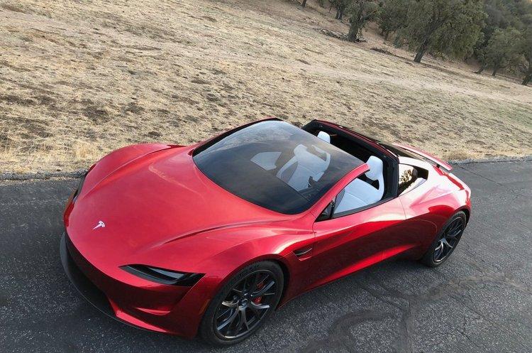 Від 0 до 100 км/год за 2 сек: Tesla представила свій оновлений Roadster