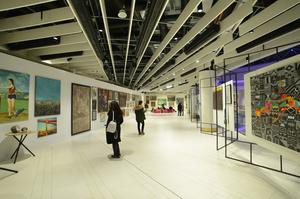 «Від червоного до жовто-блакитного»: передаукціонна виставка