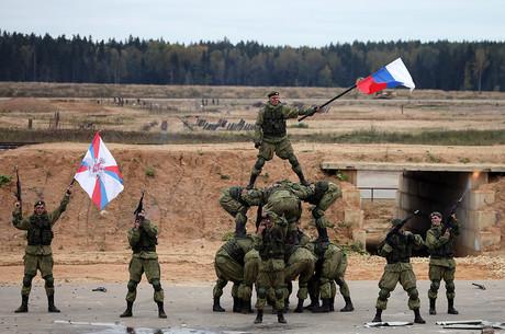 Вороги – всюди: як РФ укріплює кордони із зовнішнім світом