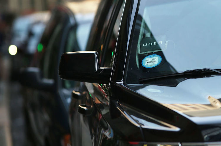 Uber першою в світі запровадить сервіс таксі на автопілотах