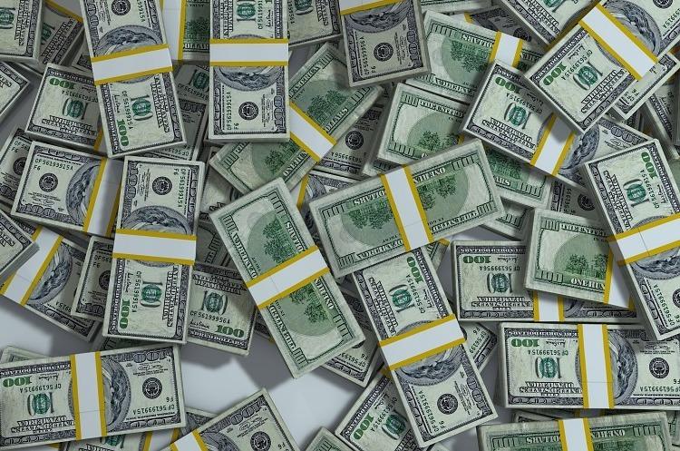 Ощадбанк стягне $10 млн з громадянина РФ