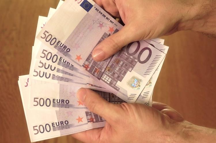 ЄС виділить 1,8 млрд євро макрофінансової допомоги для України – Мінфін