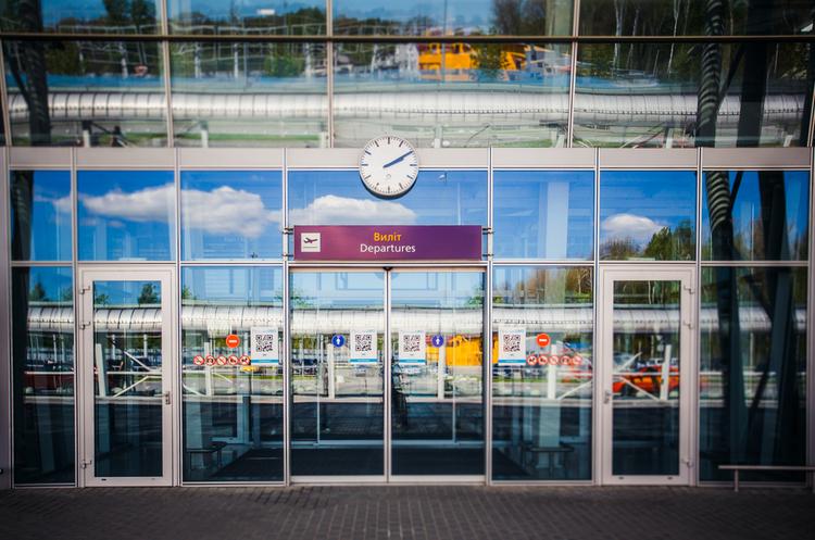 Аеропорт Львів веде переговори з лоукостером easyJet та іспанською авіакомпанією