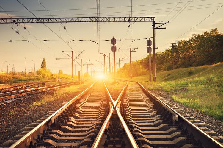 «Укрзалізниця» розглядає перспективу припинення сполучення з РФ – Омелян