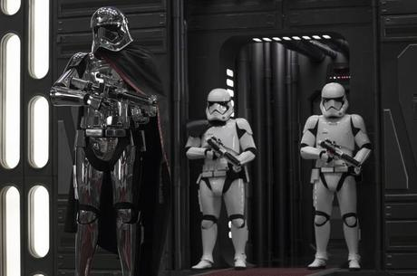 Прем'єри тижня: «По той бік надії» та «Зоряні війни: Останні джедаї»