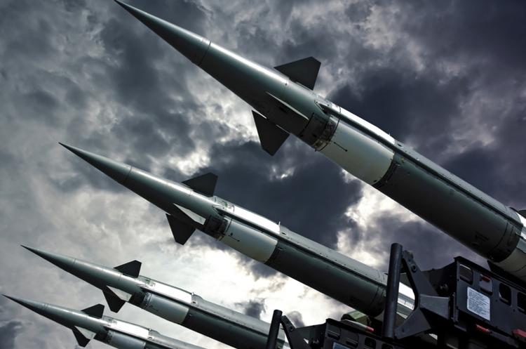 Саудівська Аравія перехопила балістичну ракету з Ємену над своєю столицею