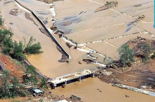 Через потужний тайфун у В'єтнамі загинуло понад 240 людей