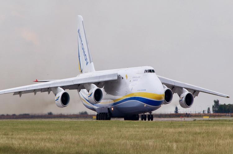 АН-124 перевозитиме європейські супутники