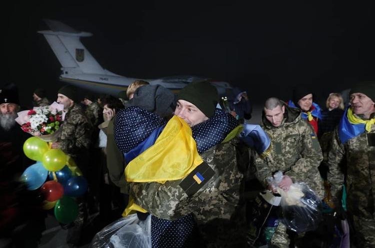 Обмін полоненими між Україною та ОРДЛО завершився, частина бойовиків не захотіла повертатися